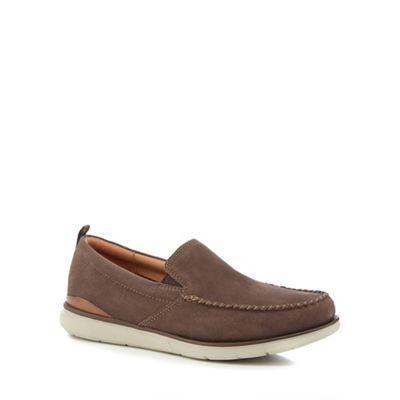 Clarks - Brown suede 'Edgewood' slip-on shoes