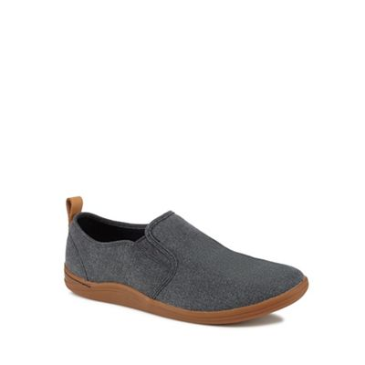 Clarks - Black 'Mapped' slip-on trainers