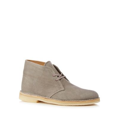 Clarks - Taupe canvas desert boots