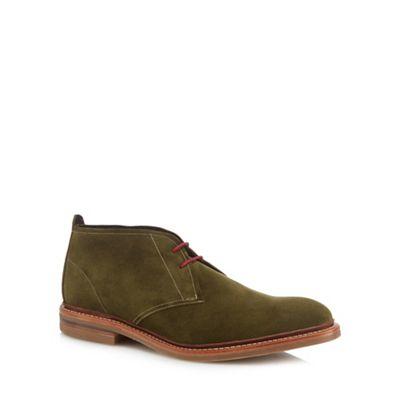 Loake - Green suede 'Sandown' chukka boots