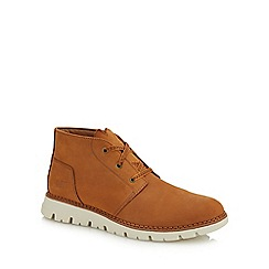 Caterpillar - Brown nubuck 'Sidcup' chukka boots
