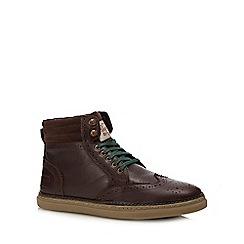 Original Penguin - Brown leather 'huntsman' brogue boots