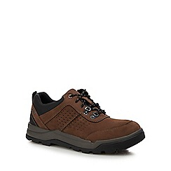 Clarks - Dark brown nubuck 'un atlas' walking shoes