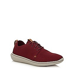 Clarks - Maroon 'Step Urban' trainers