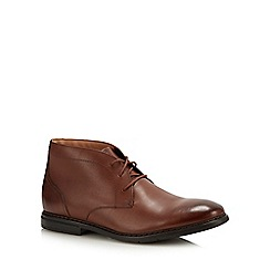 Clarks - Tan Leather 'Banbury' Chukka Boots