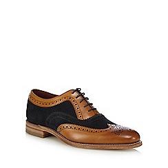 Loake - Tan leather 'Thompson' brogues