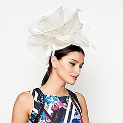 Star by Julien Macdonald - Ivory pleated wave fascinator