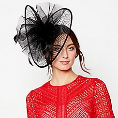 Debut - Black windowpane swoop fascinator