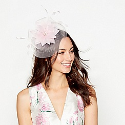 Debut - Light pink feather flower fascinator