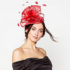 Debut - Red pointed spot swoop fascinator