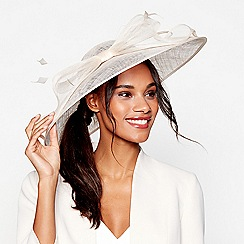 Debut - Light gold big bow quill saucer fascinator
