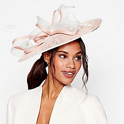 Debut - Pink loop and quill saucer fascinator