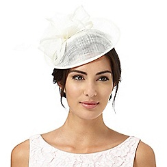 Hatbox - Ivory feather flower saucer fascinator