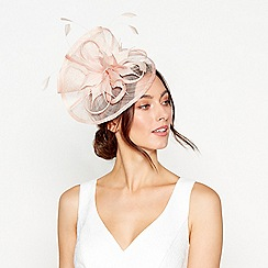 Debut - Light pink feather fascinator