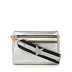KENDALL + KYLIE - Silver 'Courtney' cross body bag