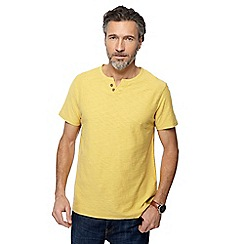Mantaray - Yellow notch neck t-shirt