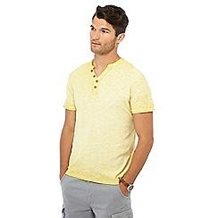 Mantaray - Yellow oil wash Y-neck t-shirt
