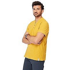 Mantaray - Big and tall dark yellow y-neck top