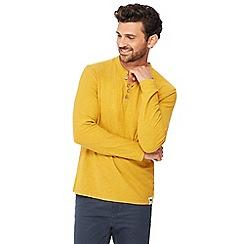 Mantaray - Mustard Y-neck top