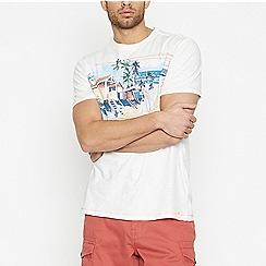 Mantaray - White Beach Graphic Cotton T-Shirt