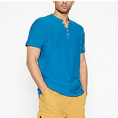 Mantaray - Blue Notch Neck t-shirt