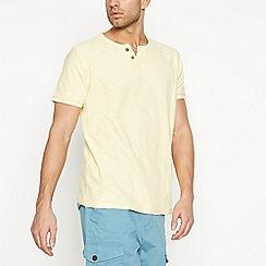 Mantaray - Big and tall yellow notch neck t-shirt