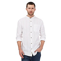 Mantaray - Big and tall white textured pocket grandad shirt