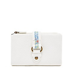 Mantaray - White floral tab purse