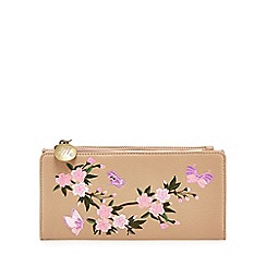 Mantaray - Tan floral embroidered large purse