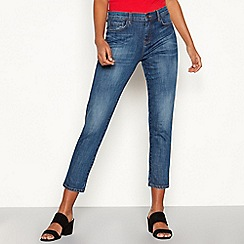 Red Herring - Light blue mid wash cotton blend 'Chloe Girlfriend' regular fit cropped jeans