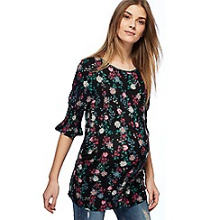 Red Herring Maternity - Black floral print maternity top