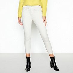 Red Herring - Off White 'Heidi' Ankle Grazer Skinny Jeans
