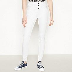 Red Herring - White Waist Enhancer 'Carly' Skinny Jeans