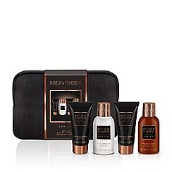 Baylis & Harding - Men's Black Pepper and Ginseng Wash Bag Gift Set