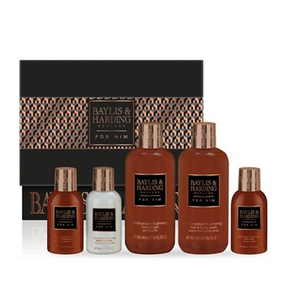 f4bafa7373 Baylis   Harding Black Pepper and Ginseng Large Ultimate Men s Kit ...