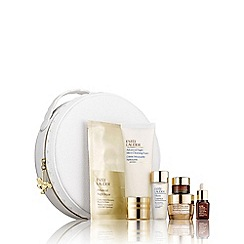 Estée Lauder - Supercharge Your Radiance