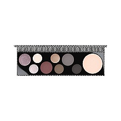 MAC Cosmetics - 'Basic B-tch' eye shadow palette