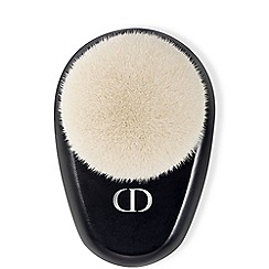 DIOR BACKSTAGE - Buffing brush