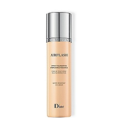DIOR BACKSTAGE - 'Airflash' spray foundation