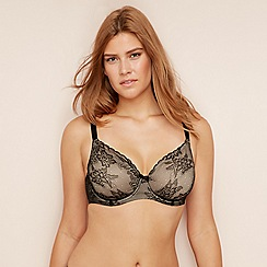 Gorgeous DD+ - Black lace underwired non-padded minimiser bra