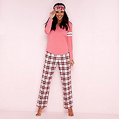 Lounge & Sleep - Maroon cotton blend check print 'Margot' pyjama set with sleep mask