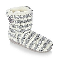 Lounge & Sleep - Grey knitted stripe ankle slipper boots