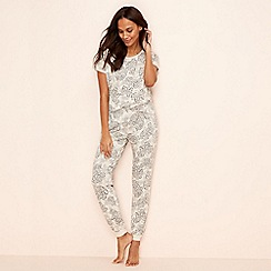Lounge & Sleep - Natural floral print 'Wanderer' pyjama set