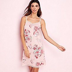 Gorgeous DD+ - Light pink floral print 'Oriental Bloom' chemise
