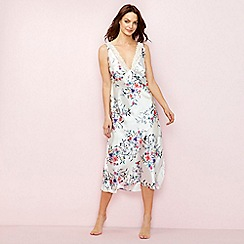 The Collection - White floral print 'Bonita' nightdress