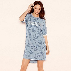 Lounge & Sleep - Blue floral print 'Escape' sleeptee