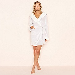 Lounge & Sleep - Lilac fleece hooded dressing gown