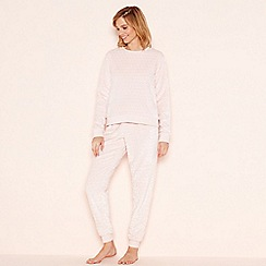 Lounge & Sleep - Pink embossed fleece loungewear set