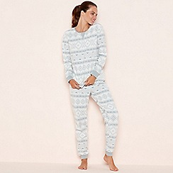 Lounge & Sleep - Cream fairisle print fleece pyjama set