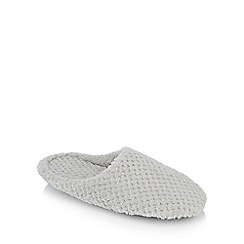 Lounge & Sleep - Pale grey waffle textured mules slippers